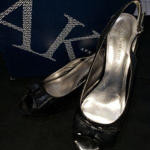 Anne Klein Akeloise sling back Black heels sz 10